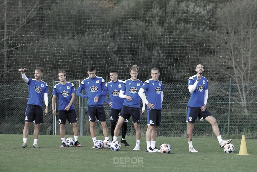 Último entrenamiento antes del partido frente al Coruxo