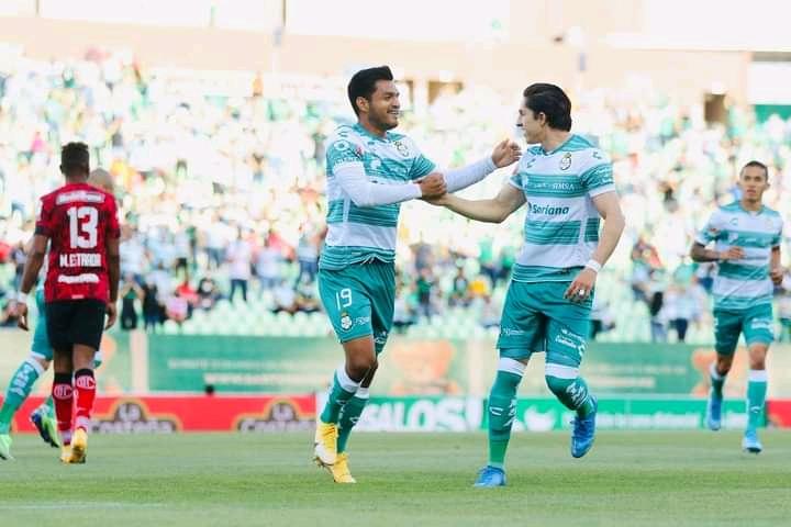 Con aficionados en su estadio, los Guerreros apagaron la intensidad del Toluca