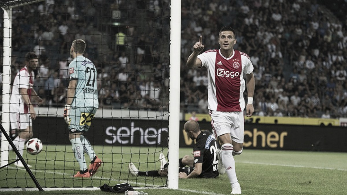 Sem dificuldades, Ajax despacha Sturm Graz e segue na briga por uma vaga na Champions League
