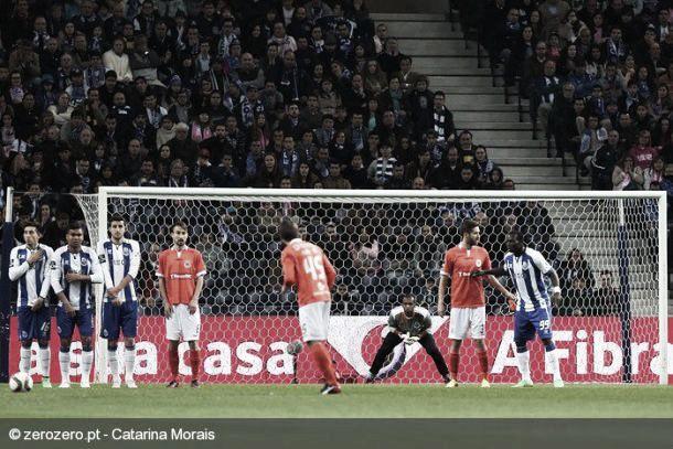 Porto não sofre: na muralha defensiva reside o segredo