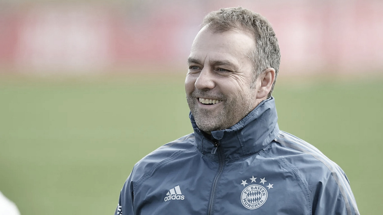 Hansi Flick elogia Bayern após goleada e descarta final antecipada contra Borussia Dortmund