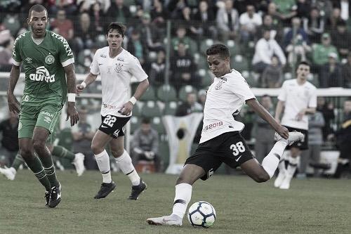 Com desfalques importantes, Chapecoense e Corinthians duelam pela Copa do Brasil