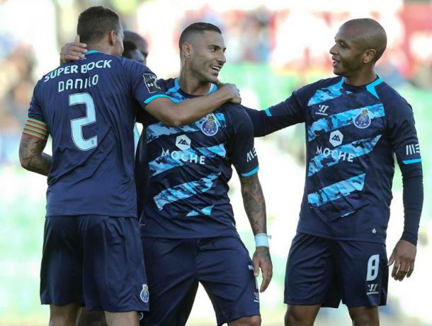 Triunfo em Vila do Conde: FC Porto não desarma na corrida pelo título