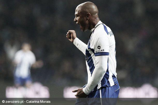 A luta continua: Porto vence Vitória e pressiona Benfica
