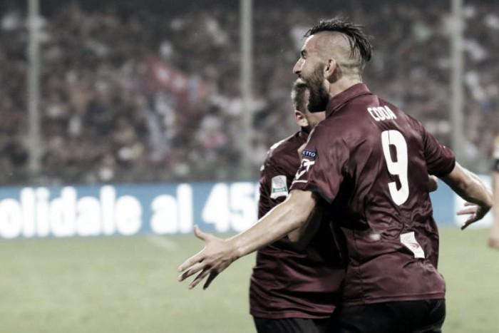 Serie B, Coda e Improta trascinano la Salernitana: Avellino domato (2-0) e sogno playoff ancora vivo