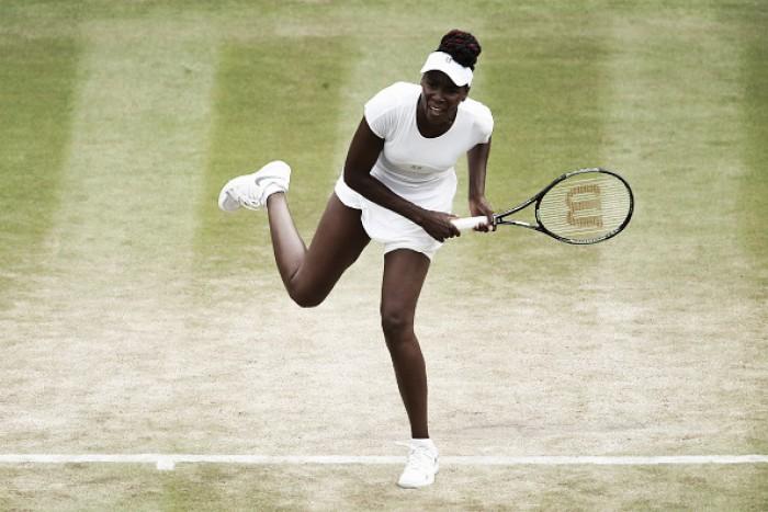 Venus Williamsvence Shvedova, e retorna às semifinais de Wimbledon após 7 anos