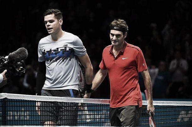 ATP Finals: maestro Federer doma Raonic, Nishikori show