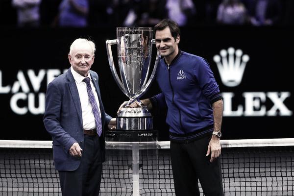Rod Laver reconoce que Federer es el mejor de la historia