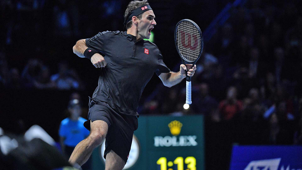 Nitto ATP Finals: Roger Federer puts in ruthless display to eliminate Novak Djokovic