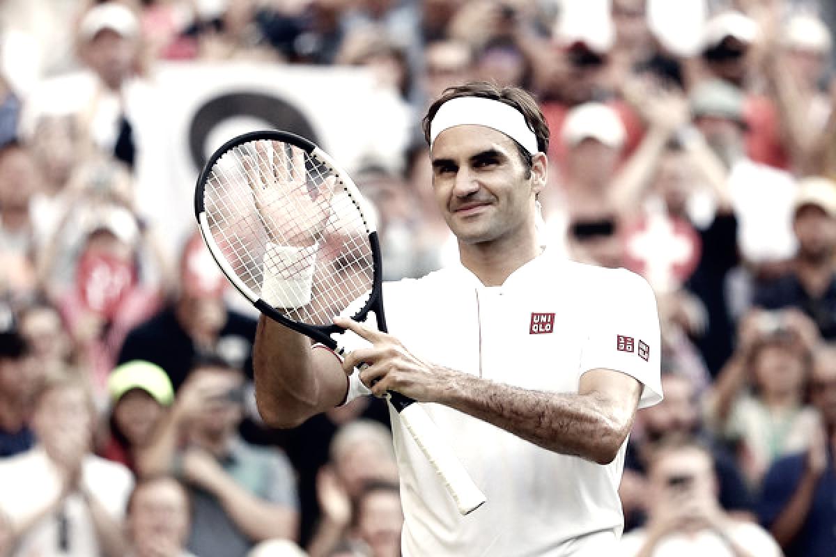 Wimbledon: Roger Federer keeps on cruising into last 16