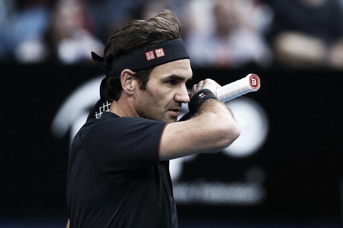 Federer vence Tsitsipas no detalhe pela Hopman Cup