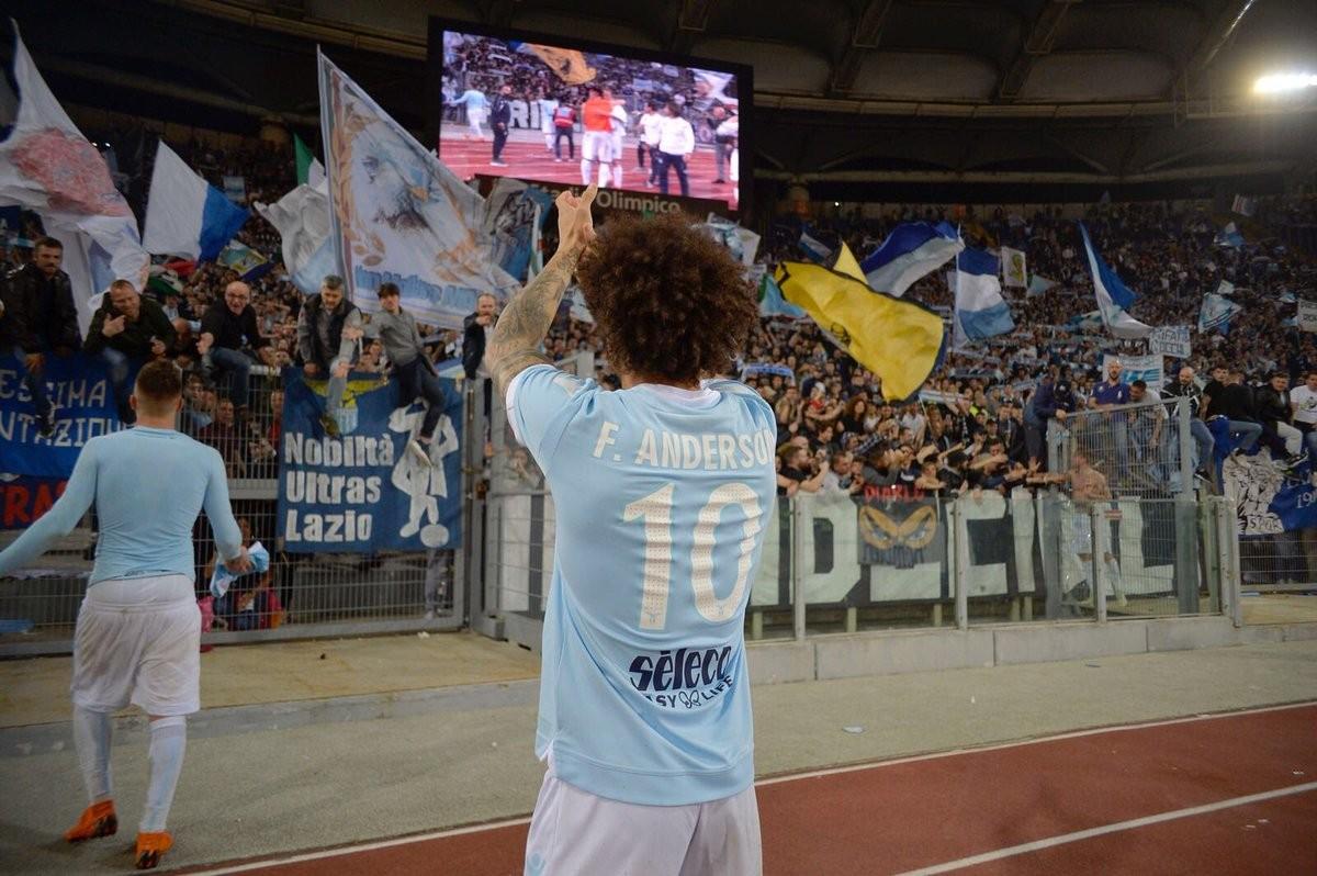 Lazio: Felipe Anderson vicino al West Ham, su Baselli c'è anche il Milan. Sisto o Politano per la fascia