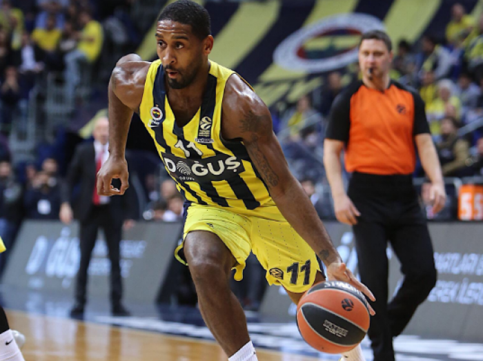 Turkish Airlines EuroLeague - Fenerbahce sul velluto, Brose Bamberg travolto da Vesely