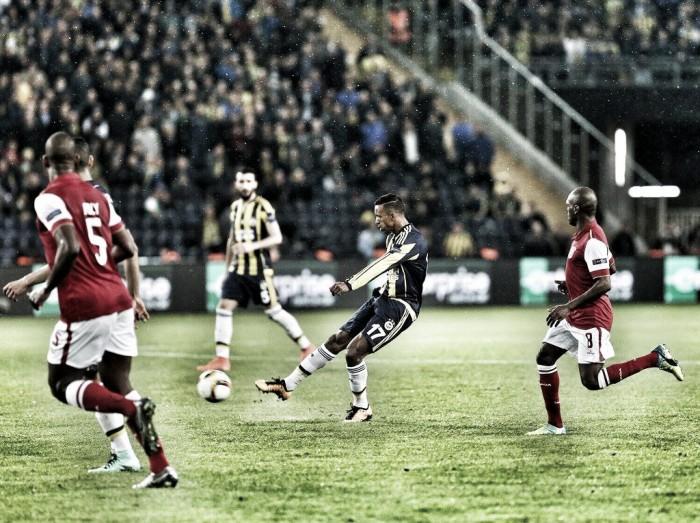 Guerreiros do minho vacilam ao cair do pano: Fenerbahçe ganha vantagem mínima