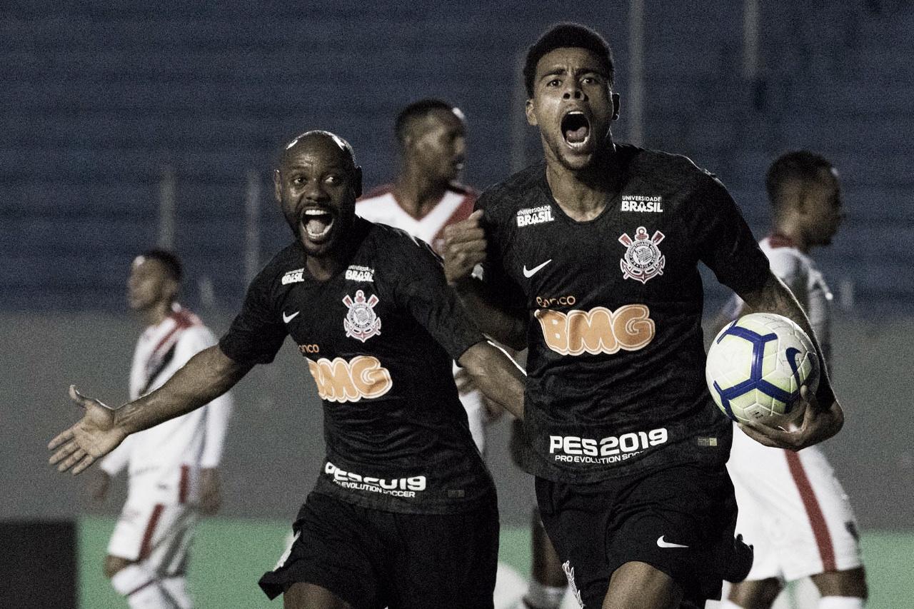 Corinthians sofre com Ferroviário-CE, mas se classifica na Copa do Brasil