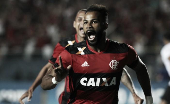 De virada, Flamengo vence Figueirense e avança na Copa Sul-Americana