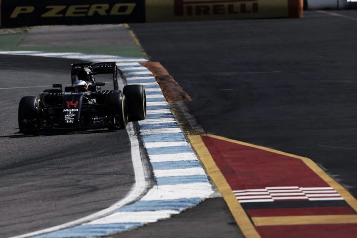 En McLaren seguirán desarrollando MP4-31 después del verano
