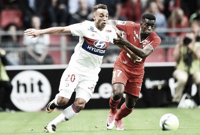 Com gols de Depay e Mariano, Lyon vence Rennes fora e assume liderança provisória no Francês