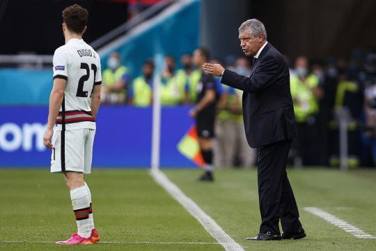 """Fernando Santos: """"El equipo estuvo muy bien."""""""