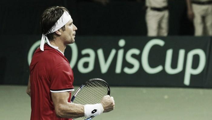Copa Davis: un día perfecto para España