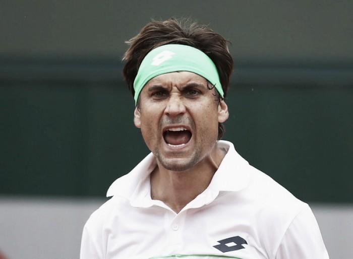 Ferrer se complica, pero consigue su pase a octavos de final