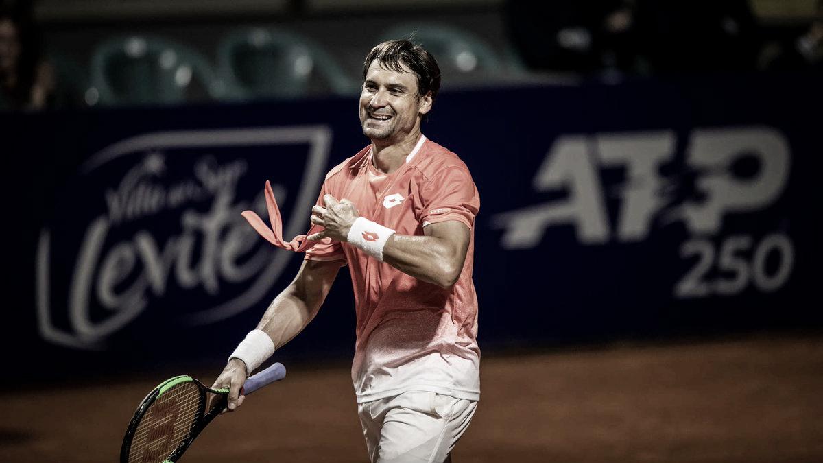 Em dia de homenagens, Ferrer estreia com vitória sobre Jaziri em Buenos Aires