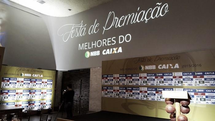 Marquinhos, do Flamengo, conquista prêmio MVP na festa dos melhores do NBB 8