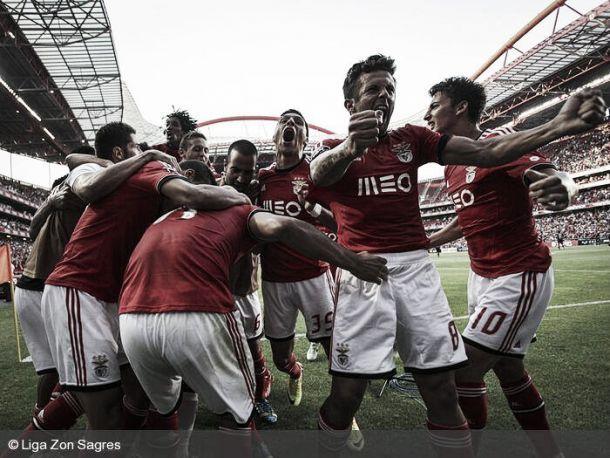 Benfica na Luz para colocar o «C» em Campeão