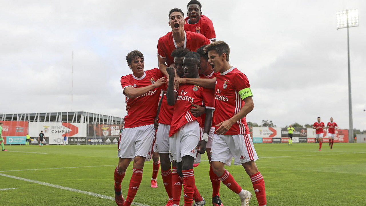 Juniores do Benfica vencem Liverpool na Youth League