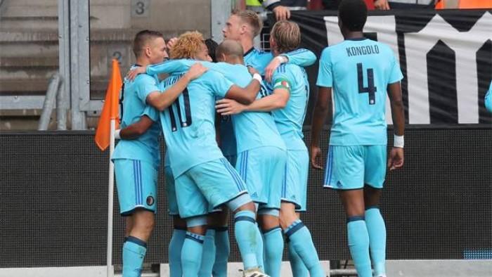 Eredivisie: il Feyenoord non molla, l'Ajax supera l'Utrecht, pari con l'Heerenveen per Philip Cocu
