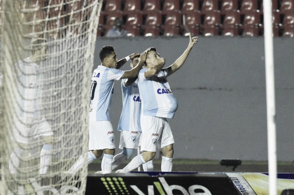 Dagoberto faz gol solitário e Londrina supera Ponte Preta na Série B