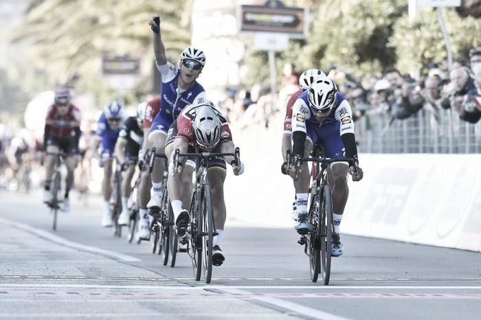 Tirreno-Adriatico, Fernando Gaviria in volata su Sagan a Civitanova Marche