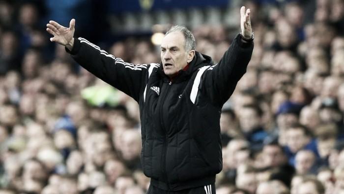 Dutch midfielder Fer joins Swansea on loan