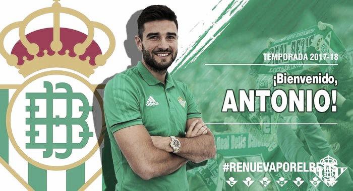 Bétis confirma empréstimo do lateral Antonio Barragán junto ao Middlesbrough