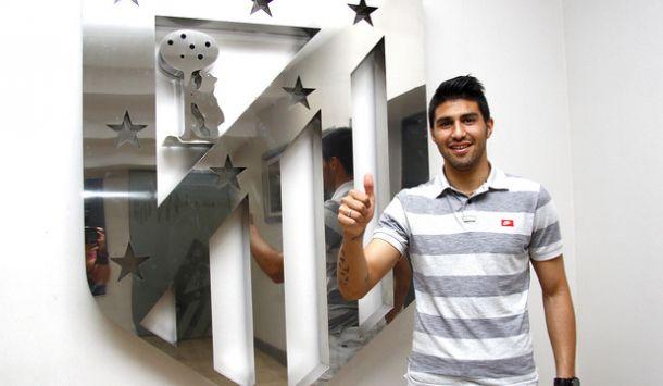 Andrés Robles, un zaguero chileno para el filial rojiblanco