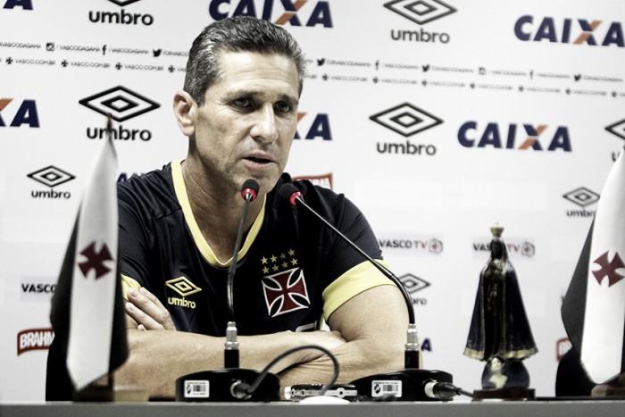 """Jorginho ressalta importância do título invicto: """"Botafogo é uma equipe perigosa"""""""