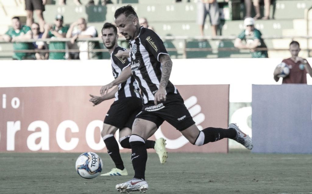 Para afastar pressão, Figueirense recebe Atlético-GO pela sexta rodada da Série B