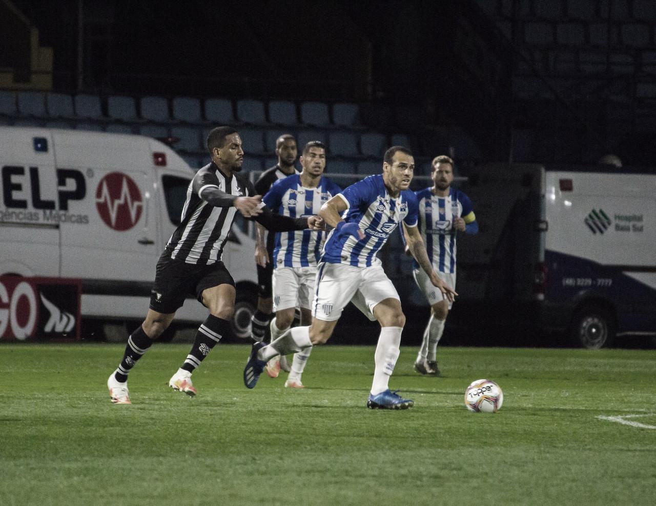 Figueirense e Avaí fazem clássico decisivo nas duas pontas da Série B