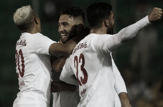 Bragantino frustra Scarpelli lotado e passa fácil pelo Figueirense