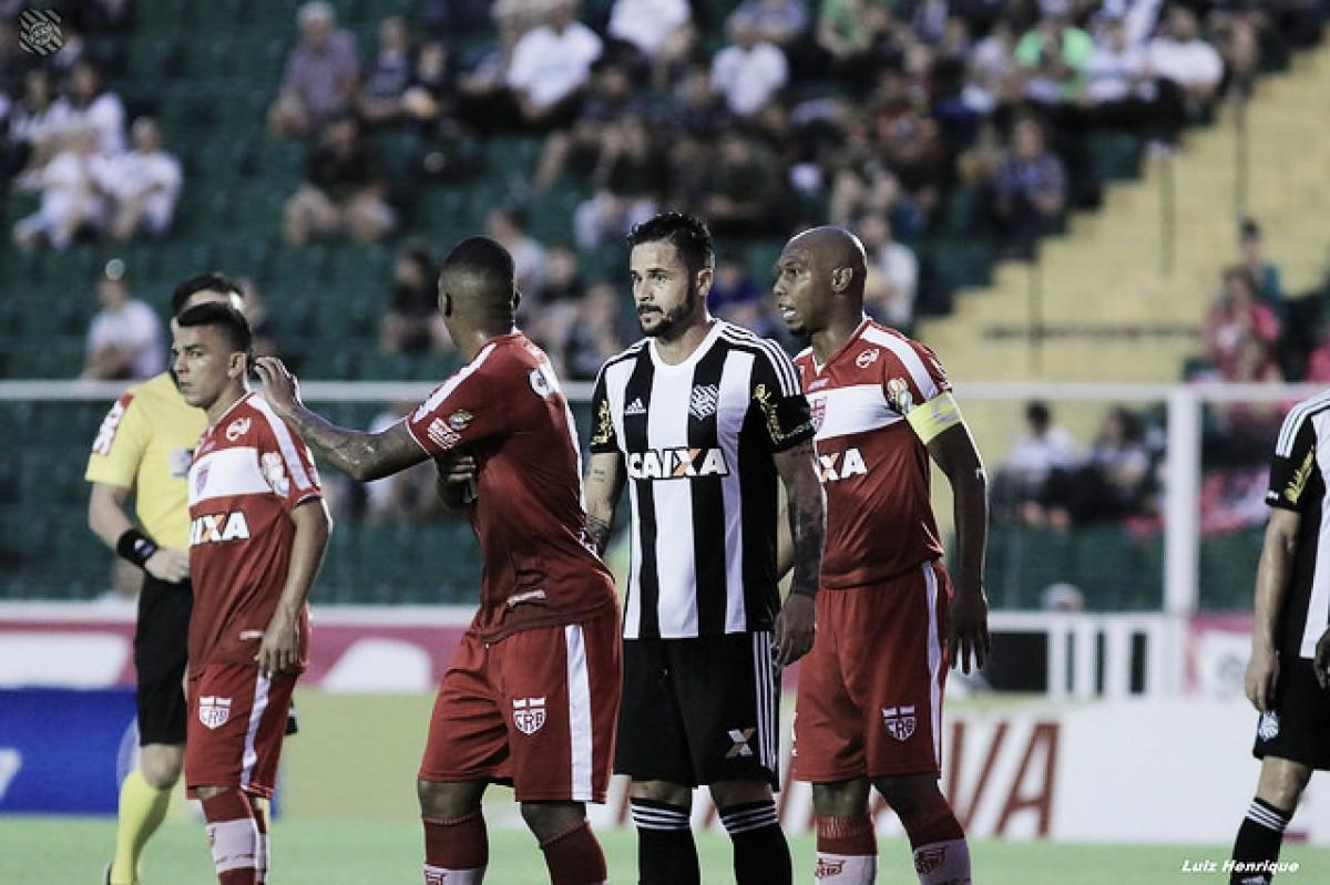 Figueirense enfrenta CRB na abertura da rodada para se manter no grupo de acesso da Série B