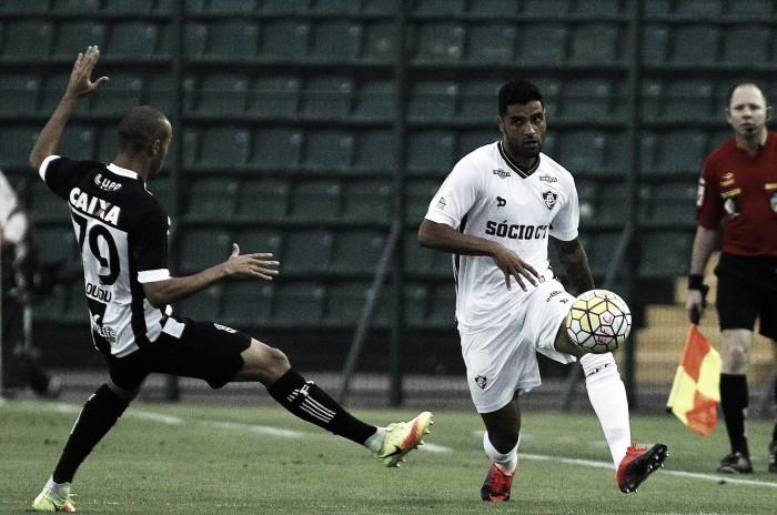 Fluminense perde para já rebaixado Figueirense e acumula nove jogos sem vitória