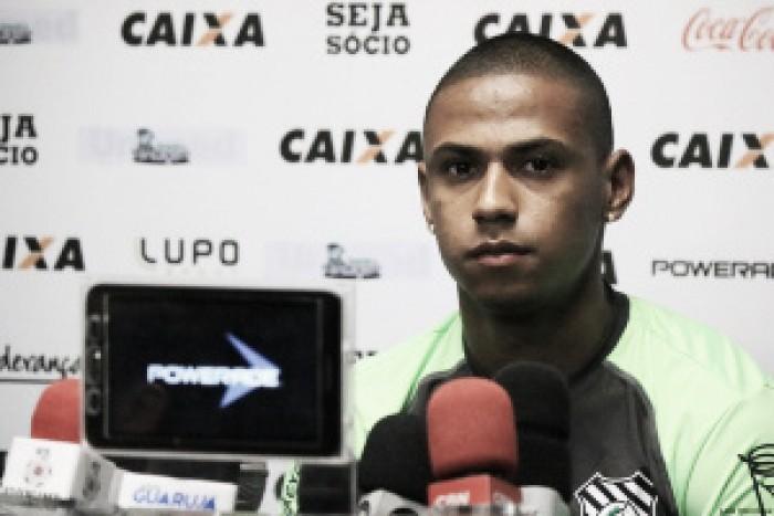 """Capitão Bruno Alves elogia estreia do Figueirense: """"Vitória veio para consagrar nosso time"""""""