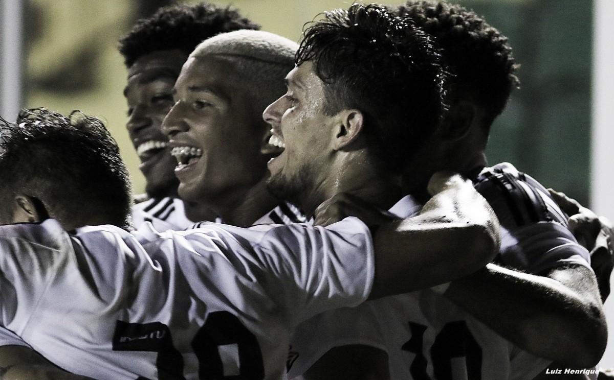 Figueirense vence Boa Esporte e segue 100% na Série B