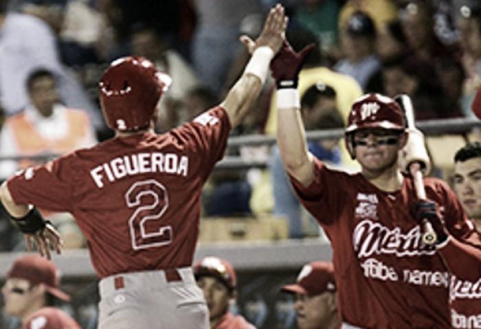 Carlos Figueroa le da la serie a México