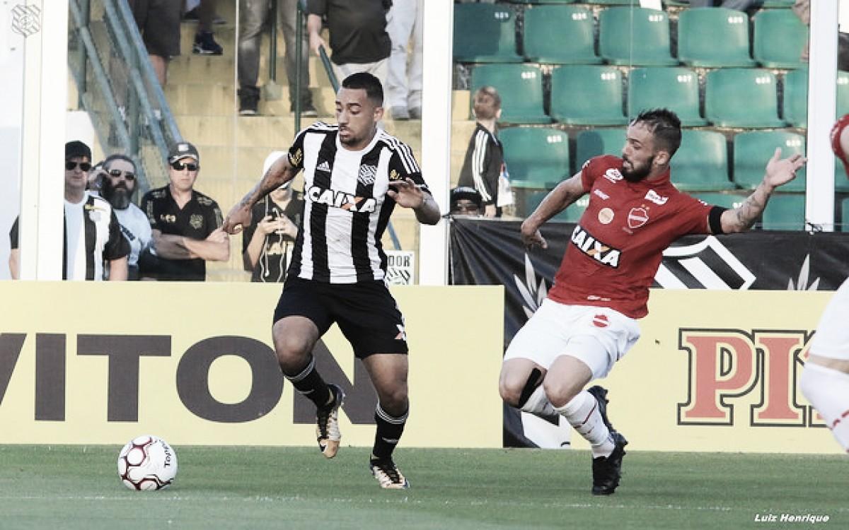Figueirense e Vila Nova duelam em confronto direto pelo G-4 da Série B