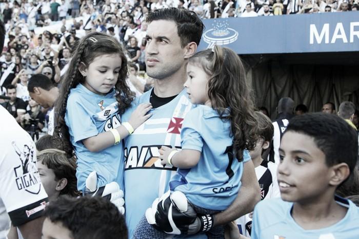 Martín Silva: sem holofotes, goleiro é um dos pilares do Vasco
