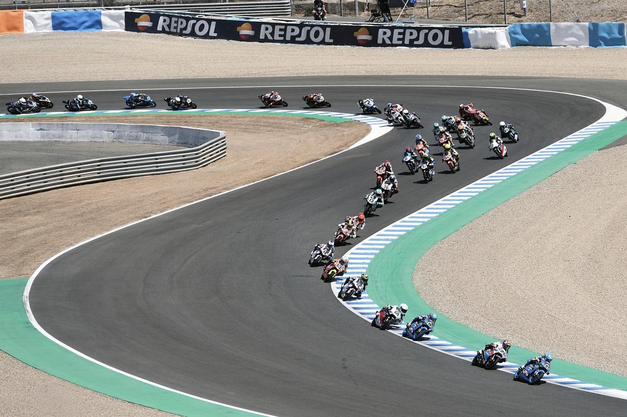 La firma CEV VAVEL, Circuito de Jerez: Montella invencible y otras sorpresas