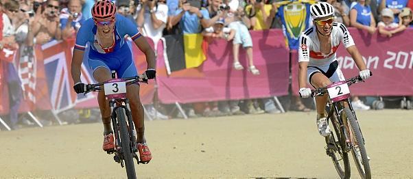 Kulhavy consigue el oro y Hermida roza el podium