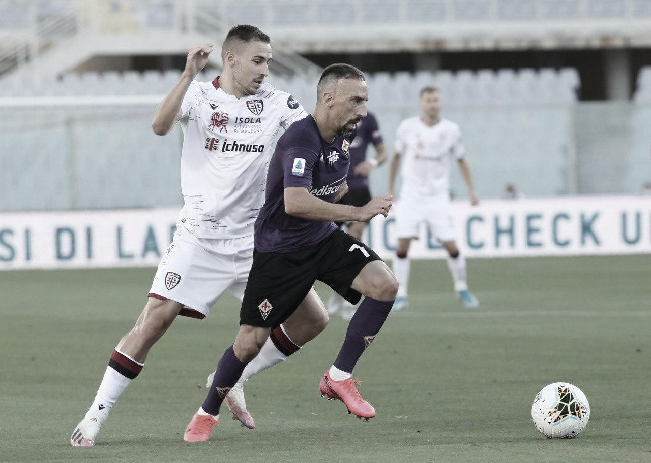 Fiorentina empata com Cagliari e amplia jejum de vitórias em casa