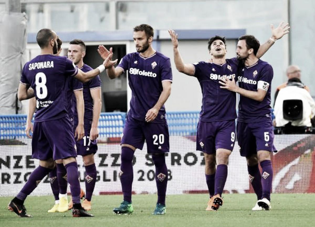Simeone faz tripletta, Fiorentina derrota Napoli e deixa Juventus perto do hepta
